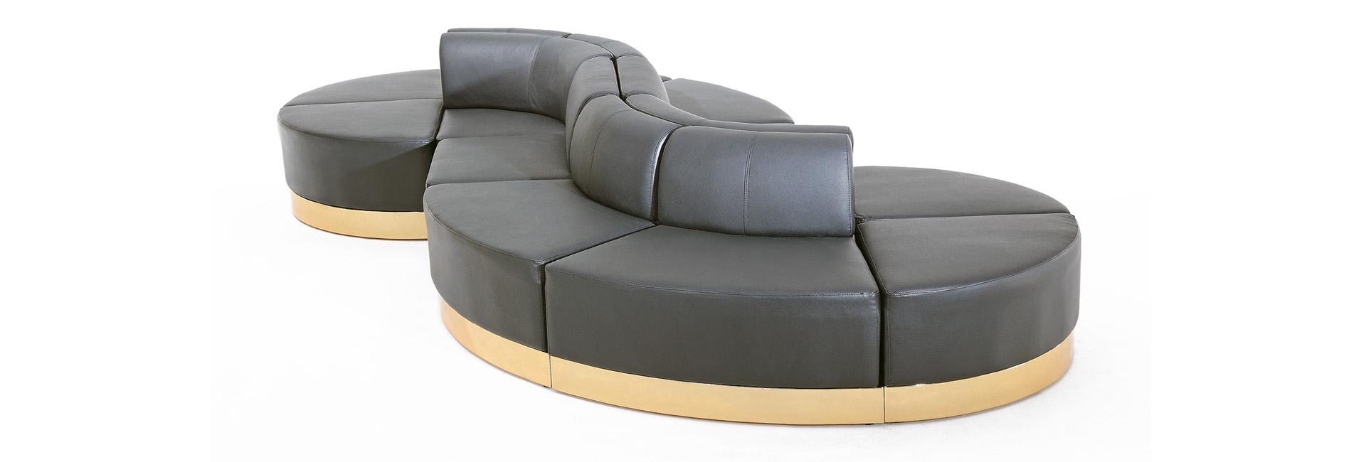 Collection of modular lounge furniture