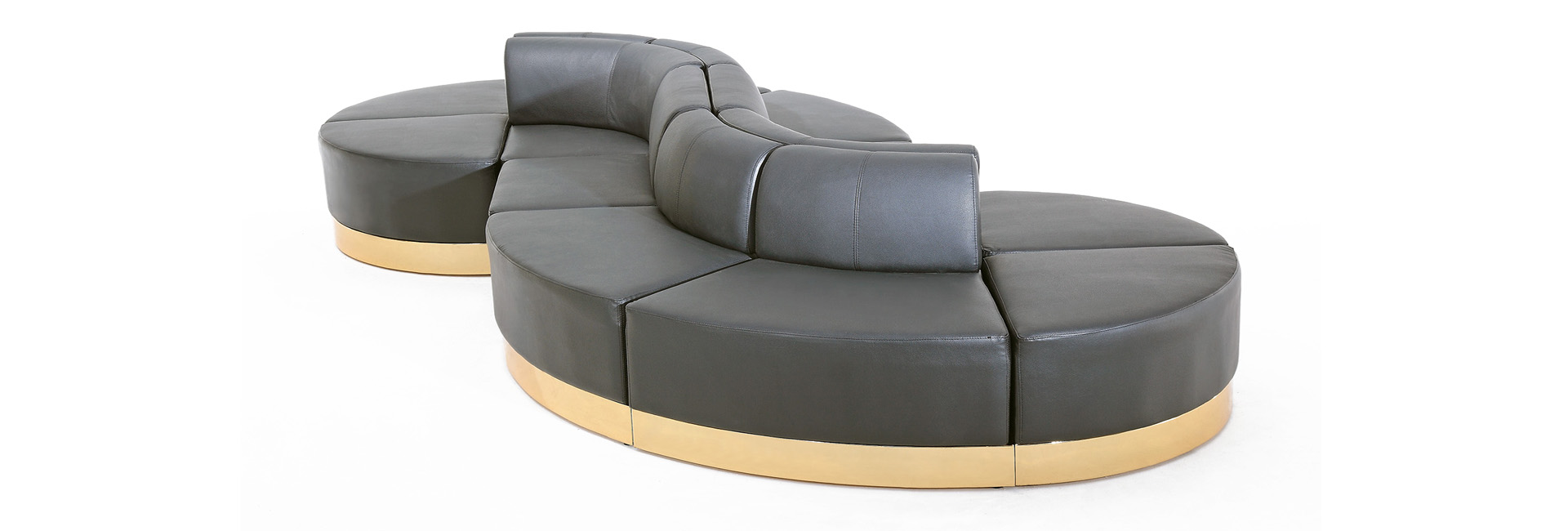 Collection of modular lounge furniture