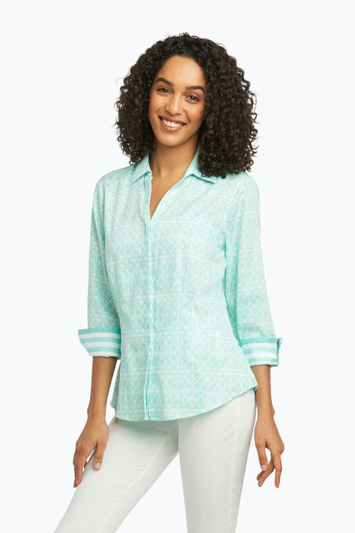 Taylor Petite Wrinkle Free Shirt in Geo Tile