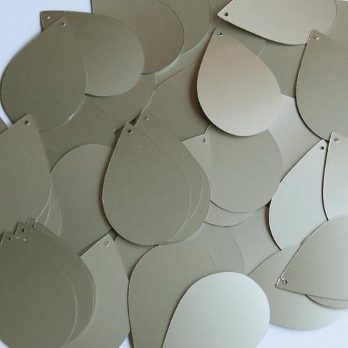 "Teardrop Sequin 1.5"" White Gold Matte Silk Frost Matte Silk Frost"