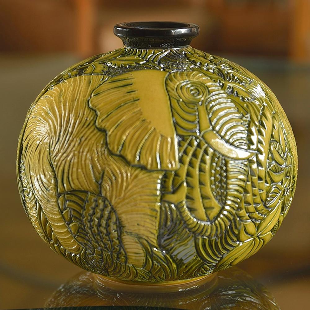 Elephant Limited Edition Ceramic Vase De Rosa Collection Sculpture