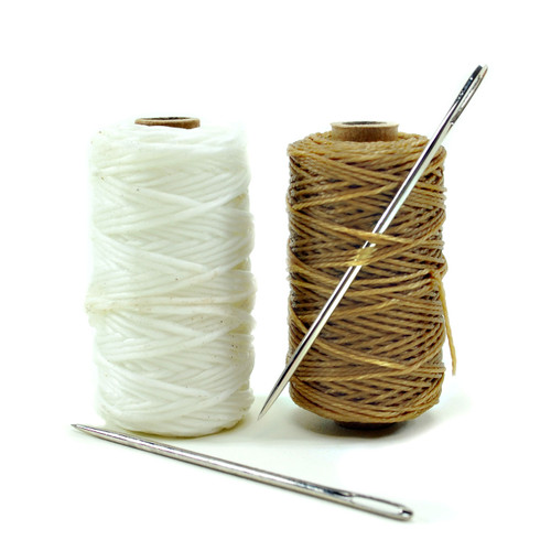 1 Oz x #7 Waxed Whipping Twine w/needle