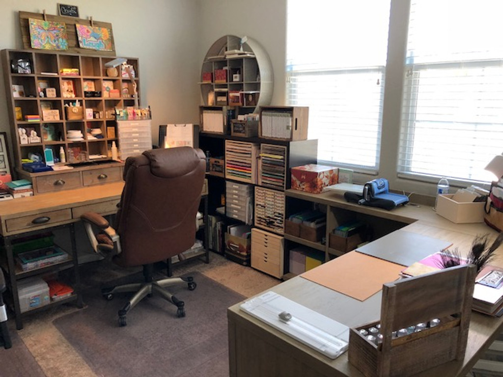 A Military Wife's Craft Space