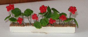 4997 - Window Box - Geranium - Red