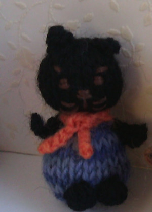 11011 - Cat - Sitting - Black with Purple outfit - OOAK