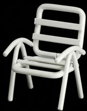 "IM65367 - 1/2"" Scale  Lawn Chair - White Metal"