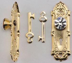 Dollhouse Miniature - CLA05687 - Crystal Opryland Knob with Key - Brass - 2 Pack