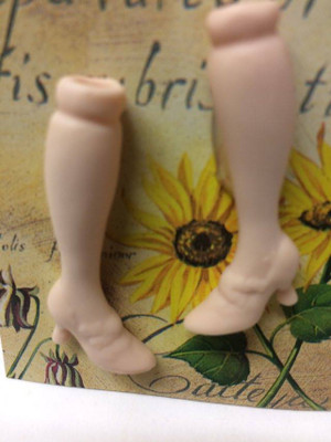 Dollhouse Miniature – DOUBLE STRAP - Porcelain Doll Kit Legs Only