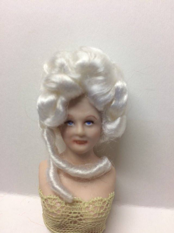 Dollhouse Miniature - Porcelain Doll Wig - Jessica White Wig - 1:12 Scale