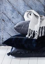EADIE LIFESTYLE - CHELSEA CUSHION NAVY BLUE