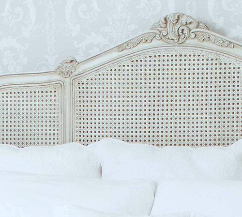 PRE ORDER: Curved rattan bed with round end - Queen size