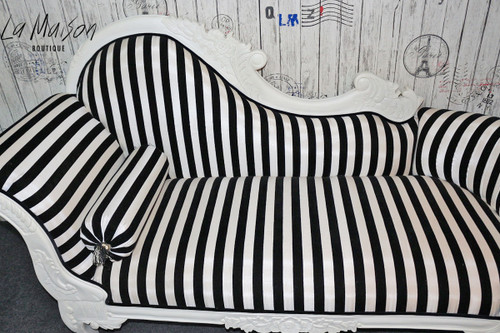 PRE ORDER: Flower Carved Chaise Longue - black and white