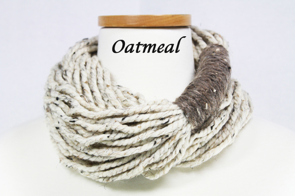 Bora Scarf 䋢 - Oatmeal