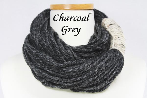 Bora Scarf 䋢 - Charcoal Grey
