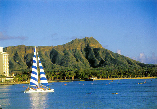 P058 - Diamond Head Sailboat Postcard 50 Pack