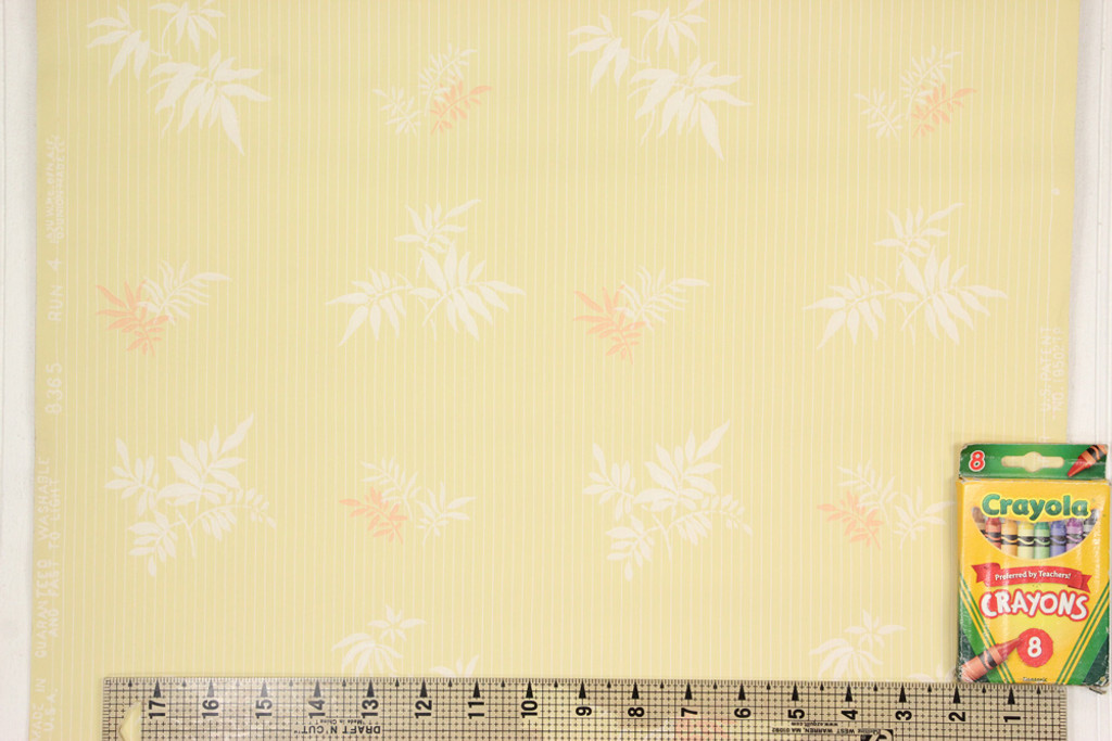 1940s Vintage Wallpaper White and Pink Leaves on Yellow