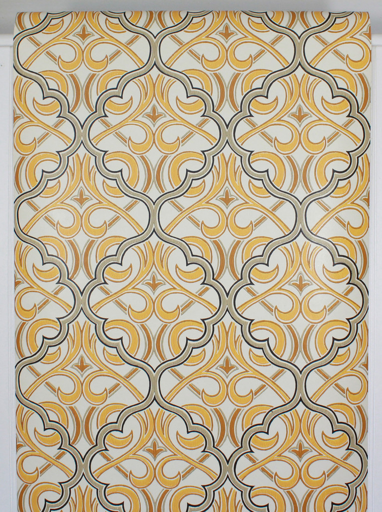 1970s Vintage Wallpaper Retro Black and Yellow Geometric Design