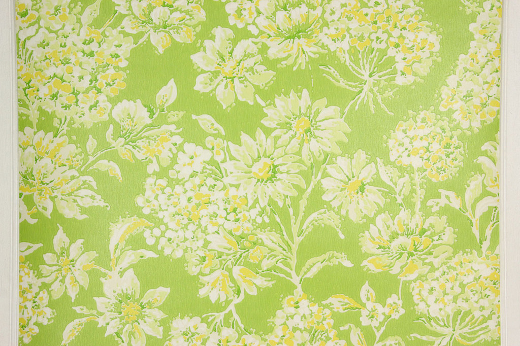 1970s Retro Vintage Wallpaper Yellow Flowers on Green