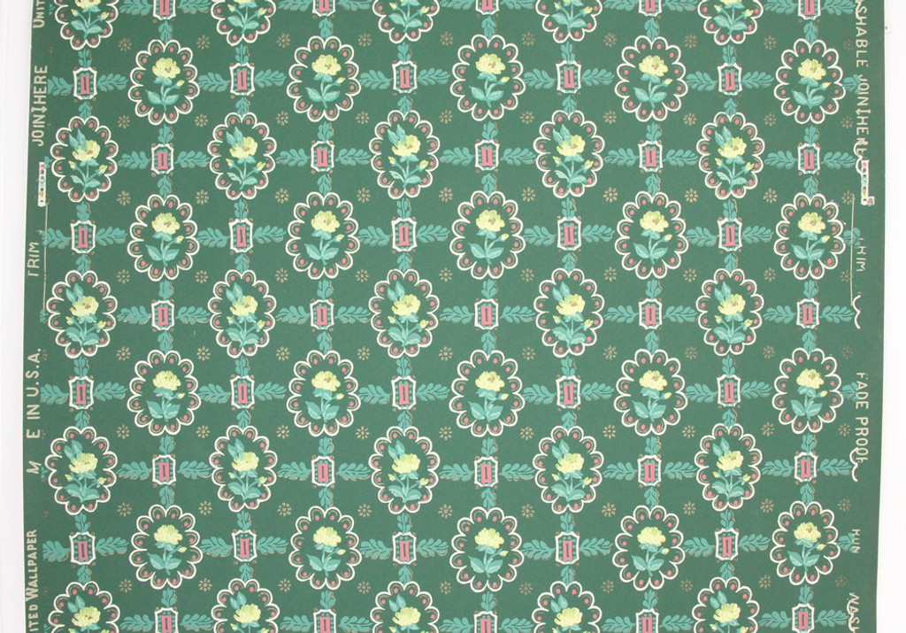 1940s Vintage Wallpaper Yellow Flowers on Green