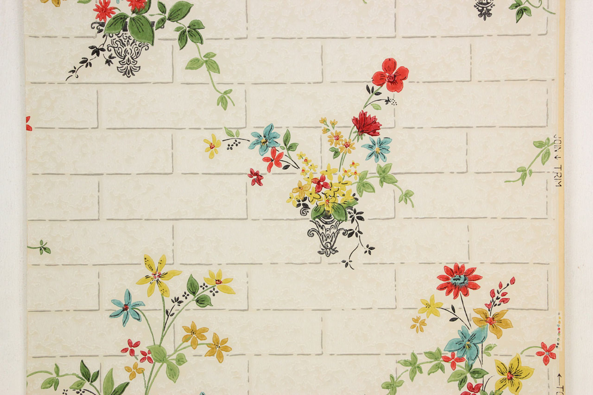 1930s Vintage Wallpaper Flower Bouquets on Tile - Rosie\'s Vintage ...