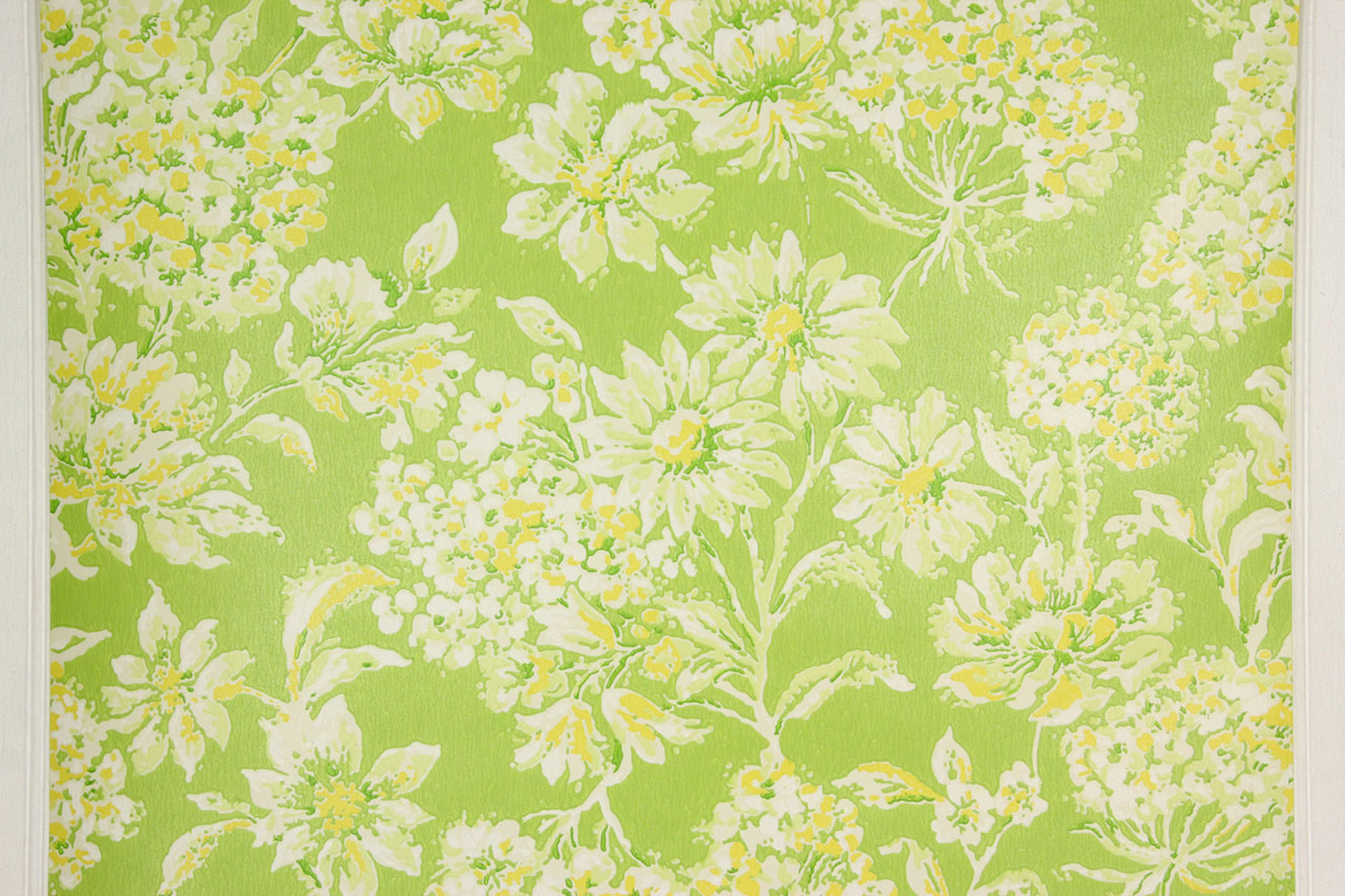 1970s Retro Vintage Wallpaper Yellow Flowers On Green Rosies