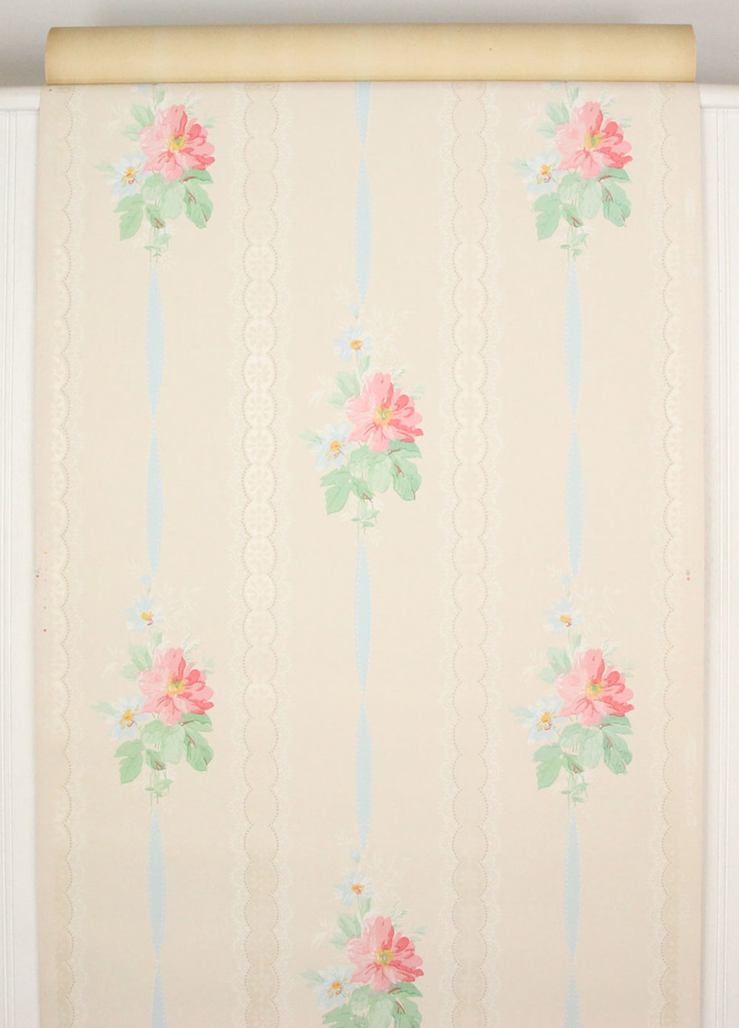 1940s Vintage Wallpaper Pink Flowers Blue Ribbon Rosies Vintage