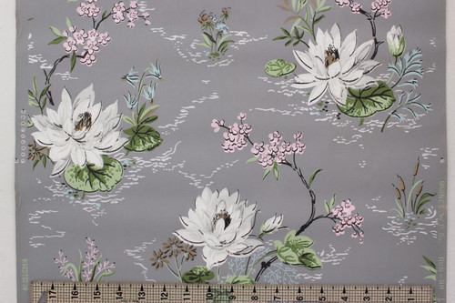 1940s Vintage Wallpaper White Lilies on Gray