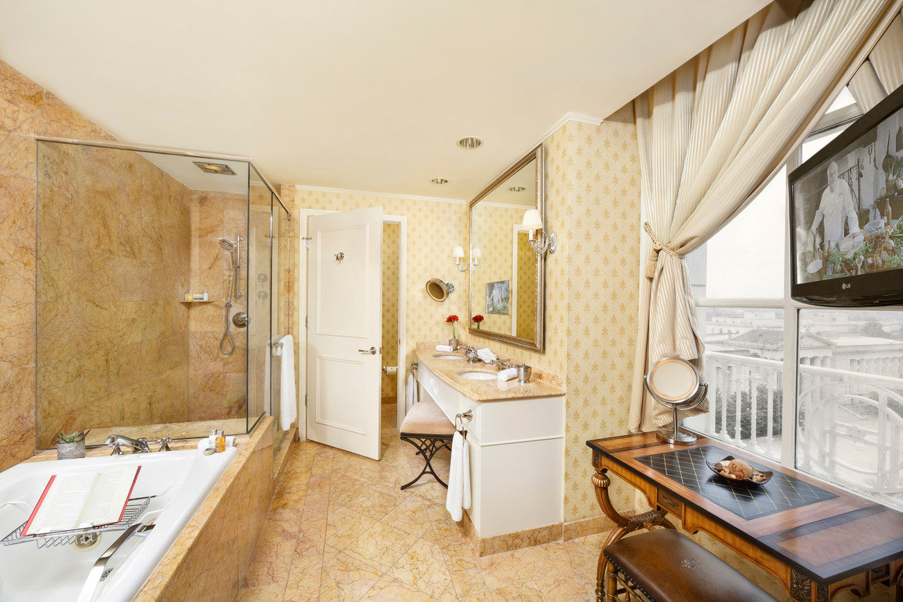 Hotel Luxuries You Can Have at Home