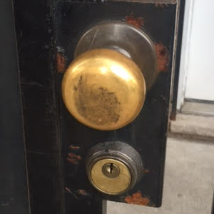 marks-22ac-security-door-lock.png