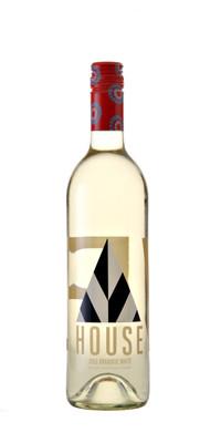 Play Estate Winery 2015 Playhouse Dramatic White VQA 750ml