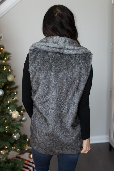 Everly Two Tone Faux Fur Vest - Charcoal - FINAL SALE
