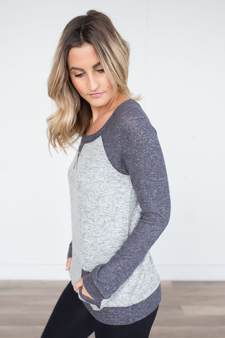 Soft Brushed Contrast Raglan Pullover - Grey Multi