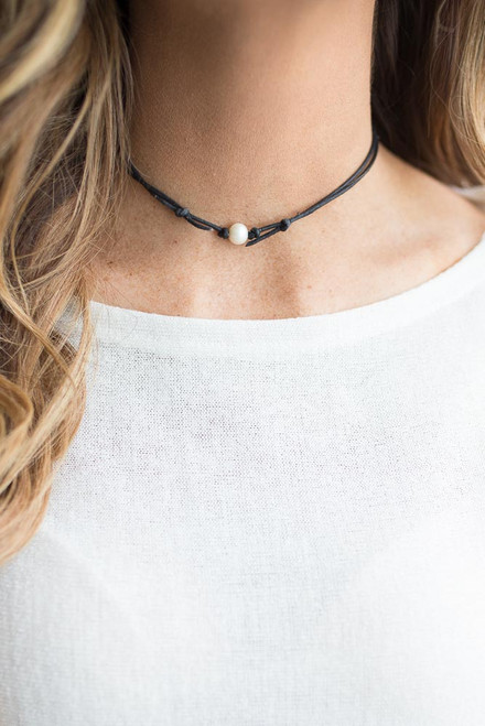 Pearl Accent Leather Choker - Black