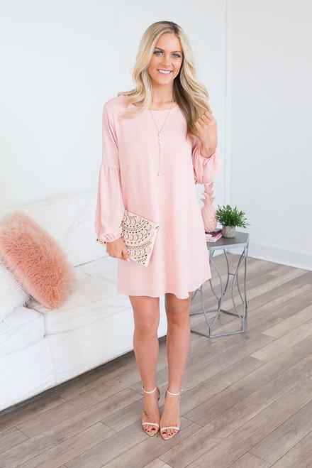 Everly Spring Soiree Shift Dress - Peach