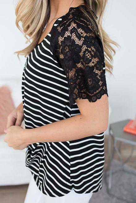 Striped Twisted Hem Top - Black/White
