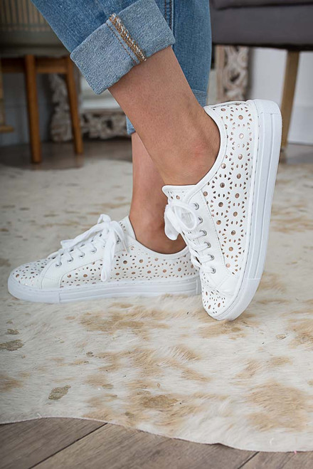 Sunny Skies Perforated Sneakers - White/Gold