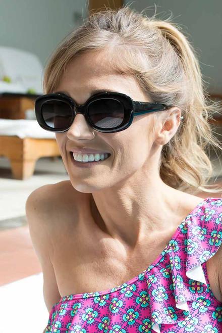 Retro Square Sunglasses - Black
