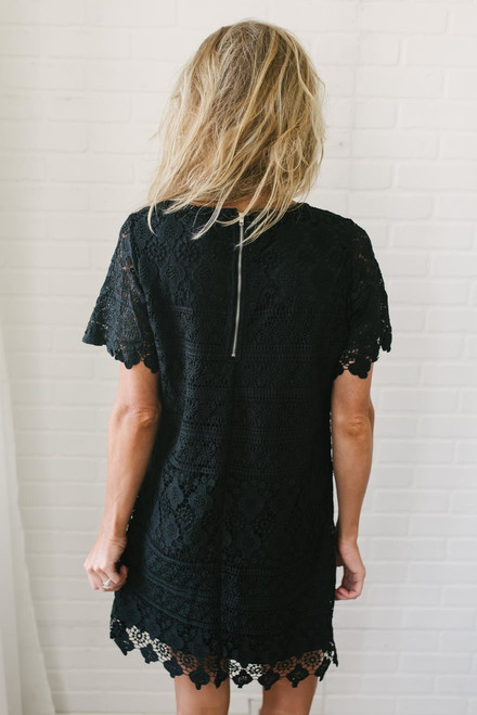 Short Sleeve Scalloped Crochet Dress - Black