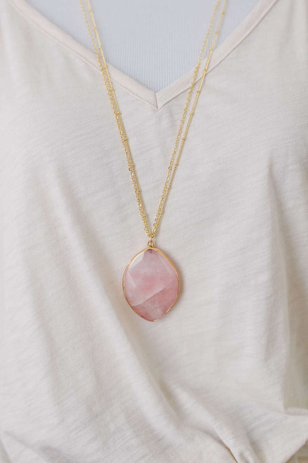 Clearwater Beach Pendant Necklace - Light Pink