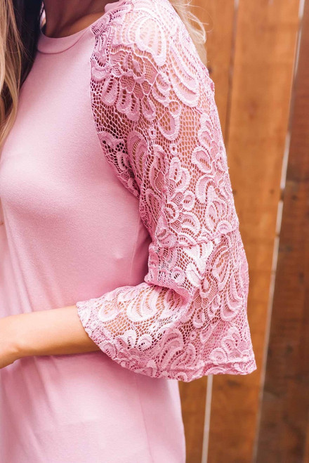 Southern Breeze Lace Sleeve Raglan Top - Dusty Pink