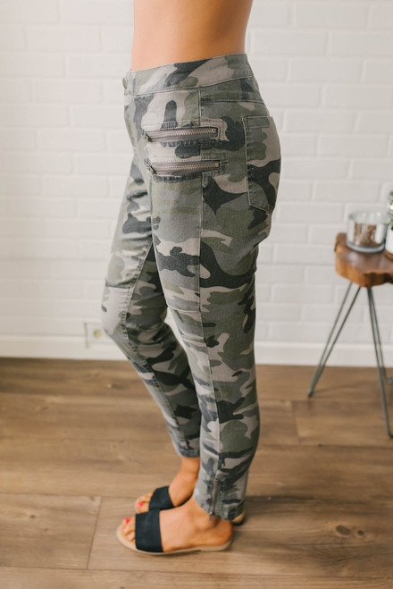 Zipper Detail Camo Pants - Olive Multi