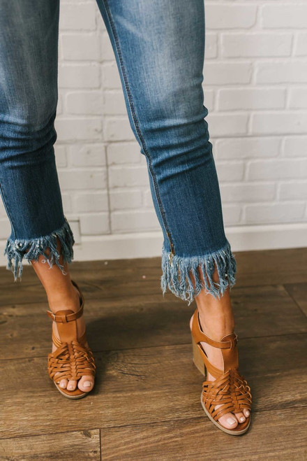 Faded Frayed Hem Cropped Jeans - Dark Wash