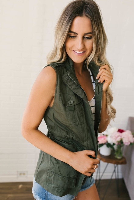 Happy Trails Lightweight Cargo Vest - Olive