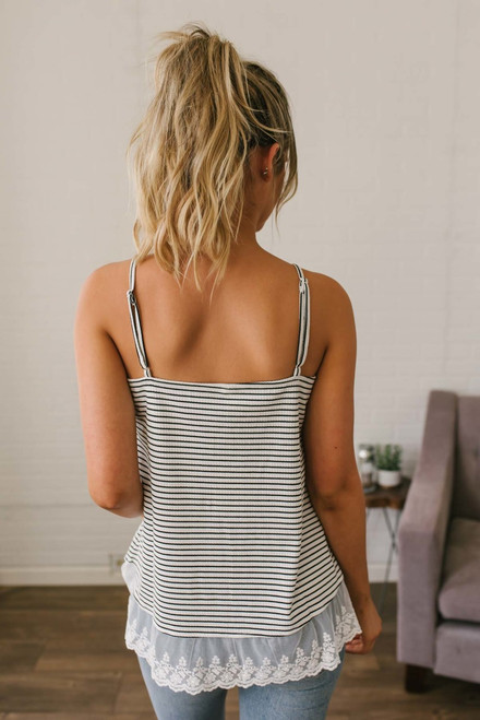Ribbed Knit Scalloped Lace Tank - Off White/Black