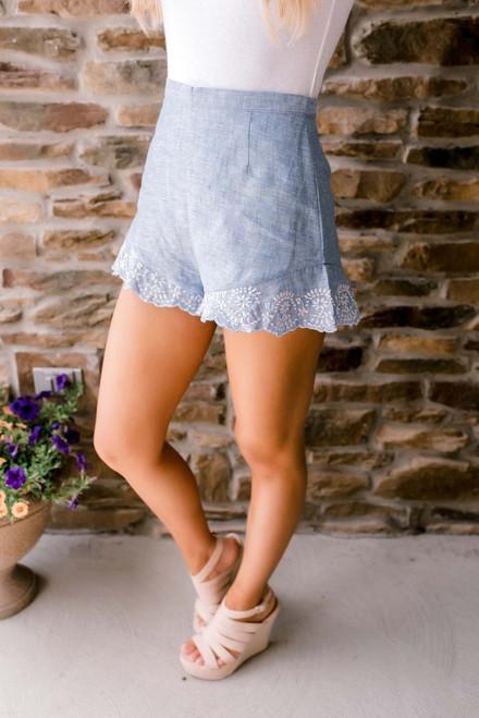 BB Dakota Langley Scalloped Linen Shorts - Blue