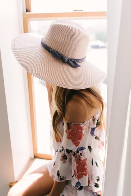 Coastal Getaway Floppy Hat - Vanilla