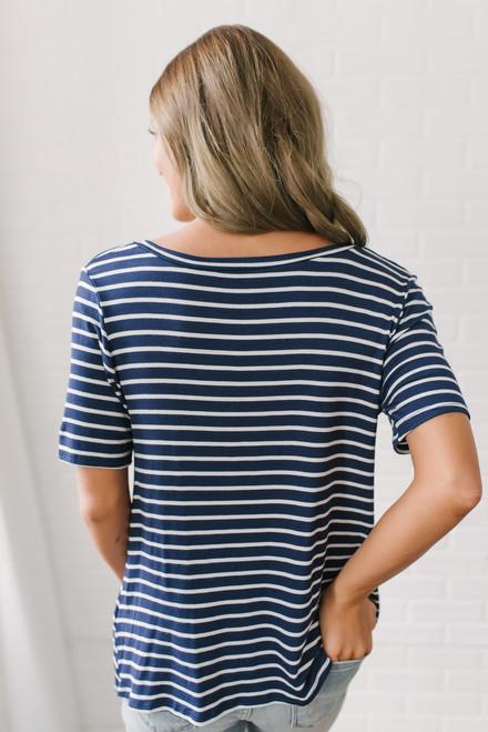 V-Neck Striped Twisted Hem Tee - Navy/White