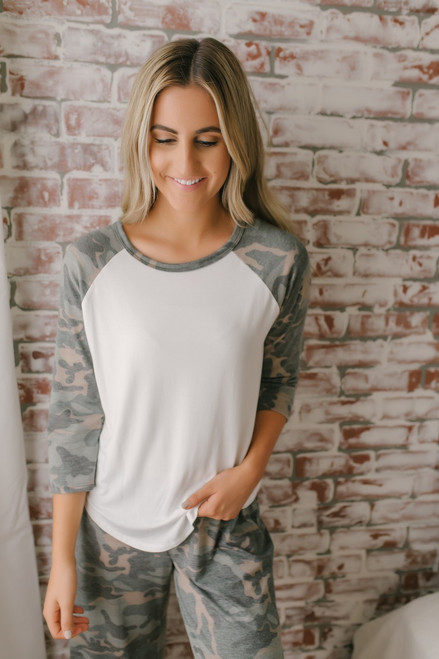 Destination Relaxation Camo Raglan Top - Olive Multi