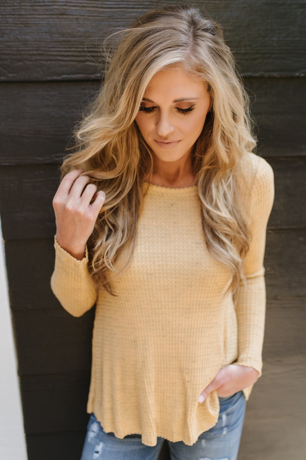 Quinn Keyhole Back Thermal Top - Heather Mustard
