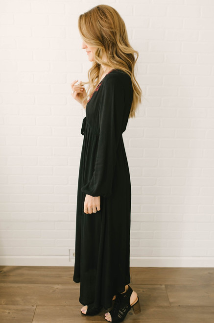 Adventure in Prague Embroidered Maxi - Black/Burgundy